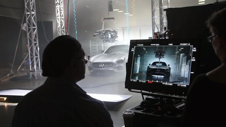 Behind The Scene video oleh Brand Mercedez-Benz