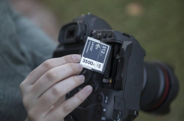Memory Card Kamera
