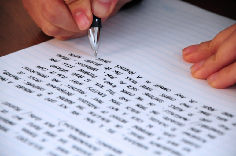 Menulis apa yang akan disampaikan