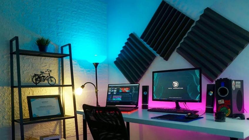 Tranformasi kamar menjadi Youtube Studio