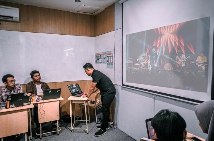 Video Dokumentasi sebagai bahan presentasi