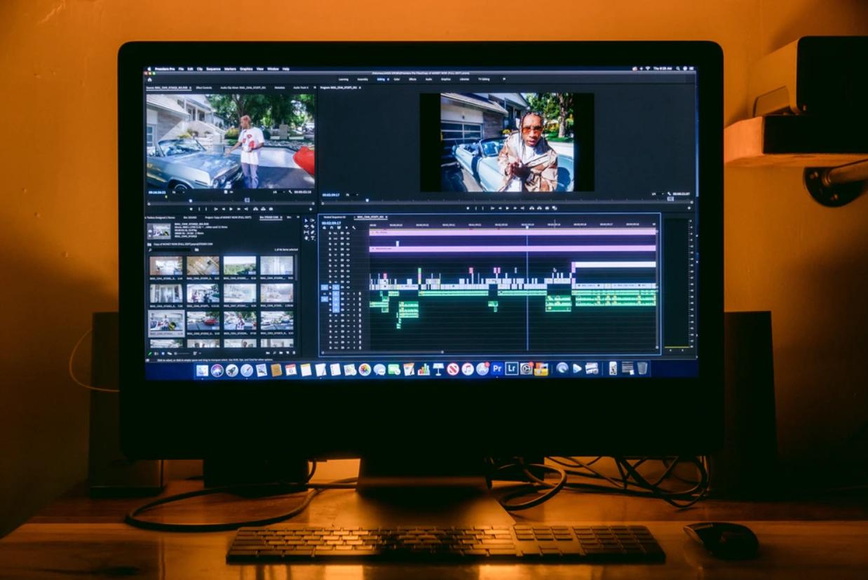 Cara Mempercepat Video di Adobe Premiere